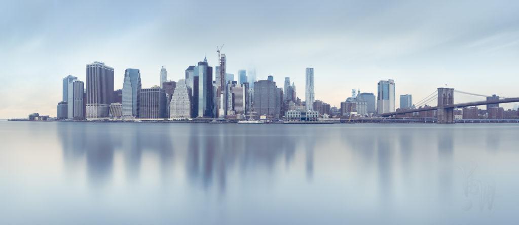 ニューヨークのビル群のパノラマ写真